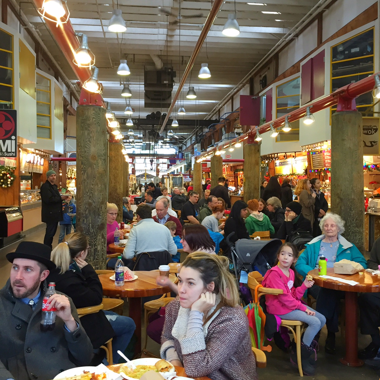 So here's that food hall I just mentioned. It gets pretty packed and sometimes you might need to share a table, but it's a great way to make new friends :)